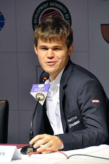 """Carlsen: """"Baskı sonunda rakip çözülüveriyor"""""""
