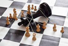 saldirgan satranc