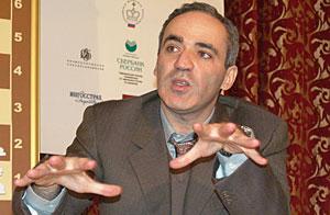 Flaş haber: Kasparov, Kramnik ile şampiyonluk maçı yapacak (Nisan 1 Şakasıydı)