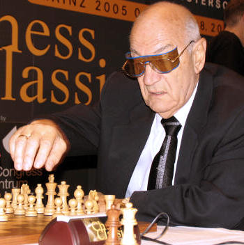 Yaşlı Kurtlar Unzicker Turnuvası'nda Buluştu
