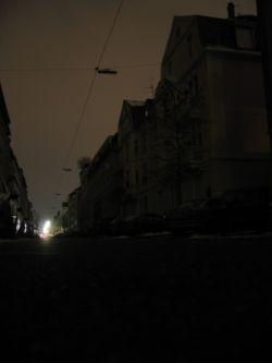 Karartma Gecelerinde Satranç (Suat Boztepe)