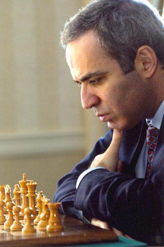 Kasparov'la Yıldırım Röportaj: Linares, Leko ve püf noktaları.