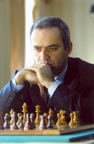 Kasparov'la yıldırım röportaj: Açılışlar ve Efsanelerden Öğreniyoruz.