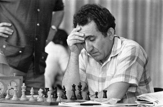 Kramnik Petrosian'ı anlatıyor