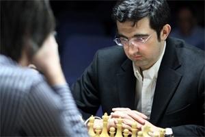 Tur 11: Carlsen lider, yeni takipçi Kramnik