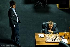 Tur 10: Carlsen, Aronian ve Kramnik kazandı
