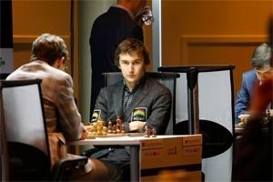 Carlsen – Anand oyunu berabere